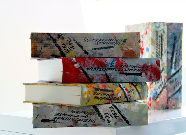 Australian colorful books