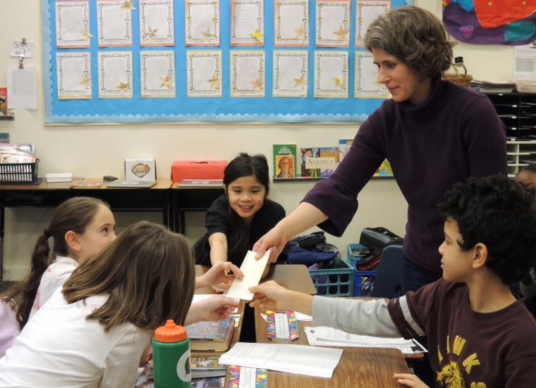 Dana Sheridan working with students